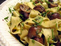 Tagliatelle with Chive Oil and Cremini Mushrooms Adapted from Saveur magazine, April Serves Yummy Pasta Recipes, Gnocchi Recipes, Gourmet Recipes, Vegetarian Recipes, Cooking Recipes, Yummy Food, Pasta Brands, My Favorite Food, Favorite Recipes