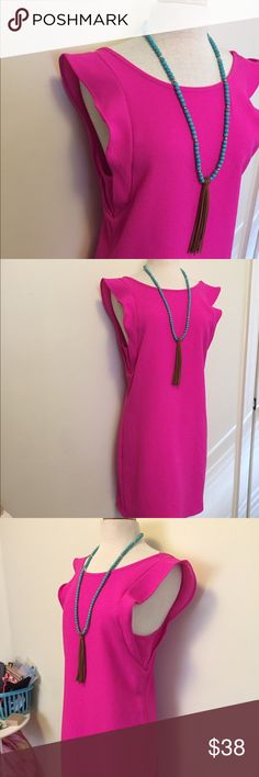 Hot pink ruffle sleeve dress EUC this dress will be turning heads left and right! What a fabulous dress for work or a summer party! Love that this dress is longer. I am 5'7 and it falls right at my knees! buttons Dresses