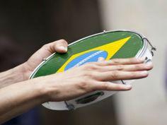 """Dia 23, às 17h, o Sesc Consolação apresenta o show """"De onde vem o Samba? Um passeio pelo Brasil"""". A entrada é Catraca Livre."""