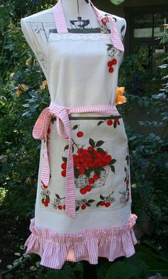 Vintage Cherries Full Apron