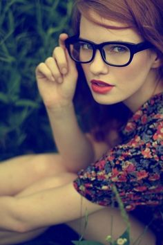#fair skin #beauty #beautiful #hot #girl #woman #pretty #sexy #specs #glasses