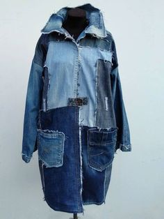 Jean Jacket Outfits, Denim Outfit, Denim Mantel, Oversized Jeans, Mode Jeans, Patchwork Jeans, Denim Ideas, Recycled Denim, Denim Coat
