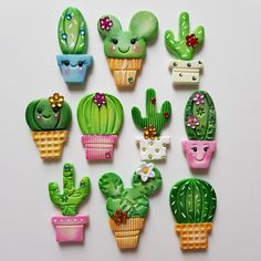 Porcelana cactus iman – Hobbies paining body for kids and adult Polymer Clay Magnet, Clay Magnets, Polymer Clay Kunst, Polymer Clay Dolls, Polymer Clay Charms, Polymer Clay Projects, Polymer Clay Creations, Diy Clay, Clay Crafts