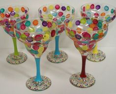 Polka Dot Margarita Glass - Quilling Deco Home Trends Decorated Wine Glasses, Hand Painted Wine Glasses, Wine Glass Crafts, Wine Bottle Crafts, Wine Bottle Glasses, Floral Vintage, Margarita Glasses, Wine Decor, Polka Dot