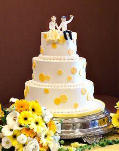 Yellow polka dot wedding cake- but red!