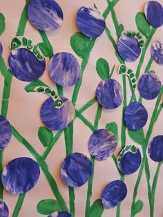 MukavaaMuksuille: Mustikoita... Puolukoita...Varvasmatoja Fall Crafts For Kids, Spring Crafts, Diy And Crafts, Vegetable Crafts, Early Education, Art Classroom, Diy Projects To Try, Art Lessons, Berries