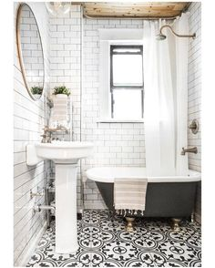 No. 1 on our 2016 countdown is our #historictownhome bathroom renovation! We didn't intend to do a full gut on this space, but were forced to after discovering water damage and plumbing issues. Silver linings do exist ☺️Check out the blog for before & afters and source info! Link in profile.