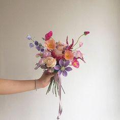 Silk Flowers, Beautiful Flowers, Flower Bouquet Wedding, Bouquet Of Flowers, Bloom Baby, Flower Aesthetic, Floral Bouquets, Flower Art, Planting Flowers