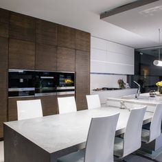 #FridayFavourites  What is your favourite part of this kitchen?  Visit www.linearconcepts.co.za to view our kitchen designs.  #linearconcepts #kitchentrends #kitchentrends2020 #luxurykitchens #kitchendesigns #luxurydesigns #luxuryliving #italiankitchens #dreamkitchens #exclusivekitchens #bespokekitchens #contemporarykitchens #designerkitchens #minimalistkitchens Bespoke Kitchens, Modern Kitchens, Luxury Kitchens, Kitchen Trends, Kitchen Designs, Working Area, Luxury Living, Public Holidays, Minimalist