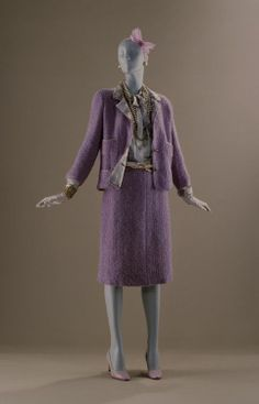 1964 - Chanel suit