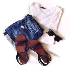 Classic Summer Style fora Capsule Wardrobe