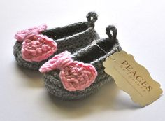 Gray / Grey & Pink Bow Baby Shoes  infant shoes by peacesbycortney