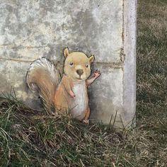 Du street-art réalisé à la craie qui s'intègre parfaitement au décor                                                                                                                                                      Plus