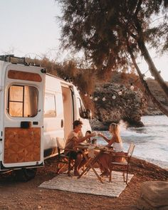 Van Camping, Camping Life, Rivers And Roads, School Bus Tiny House, Delon, Cool Vans, Van Living, House On Wheels, Travel Couple
