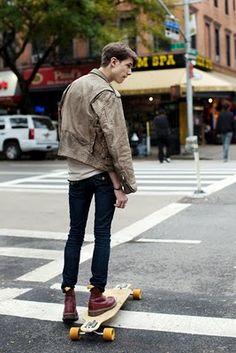 Street Style streetstyle fashion men Skater longboard de Martens leather jacket tumblr fashion