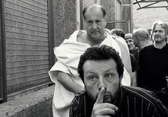 Giovanni Arcuri plays Caesar, and he has the weight — both physical and experiential — to play Caesar as a mob boss who needs to be stopped. Francesco Carusone plays the Soothsayer by drawing on his own region's myths and folklore. Cosimo Rega as Cassius (Cassio) and Salvatore Striano as Brutus (Bruto) are the two standout performances, creating fleshed out and nuanced characters.