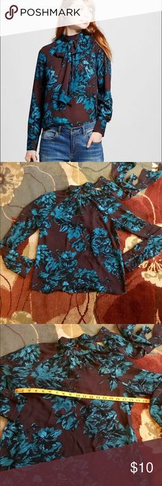 Vintage Style Long sleeves Blouse Size S 🦋 Who What Wear. New without tags. One of a kind beautiful vintage style blouse. Round high collar with long scarf/tie.  No flaws. Clean. Size small women. See pictures for measurements. Beautiful colors, blue big flowers on brown background. My home is pets and smoke free. Bundle and save 10%🦋✨🛍🦋 who what wear Tops Blouses