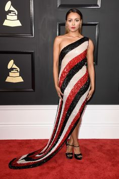 Kat Graham in Jean Paul Gaultier at the Grammys 2017 Asian Prom Dress, Grey Prom Dress, Pink Prom Dresses, Red Carpet Dresses, Strapless Dress Formal, Nice Dresses, Fabulous Dresses, Beautiful Dresses, Summer Birthday Outfits
