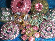 GORGEOUS ANTIQUE VINTAGE VICTORIAN OLD ESTATE RARE PINK RHINESTONES BUTTONS