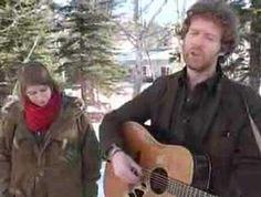 "Glen Hansard and Marketa Irglova - ""Falling Slowly"""