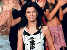 Top 20 Famous Fashion Designers of India.  Fashion Designers are accountable for creating the designs for clothing and lifestyle trimmings .Fashion designers diagram and expand new clothing and garnishes styles by creating unique designs.Here Some Famous Fashion Designers of India .