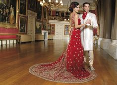 Love the red lengha with a train Indian Bridal Fashion, Indian Bridal Wear, Asian Bridal, Pakistani Bridal, Royal Wedding Outfits, Wedding Gowns, Red Wedding, Wedding Hair, Wedding Stuff