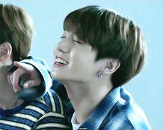 ♡ JUNGKOOK ♡ #BTS #방탄소년단 #LOVE_YOURSELF Highlight Reel #承   (youtu.be/o75Y9XWLY9M)