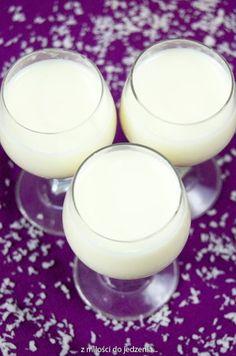 Domowe Malibu, czyli likier kokosowy Smoothie Drinks, Smoothies, Malibu Drinks, Alcoholic Drinks, Beverages, Cocktails, Blue Curacao, Irish Cream, Party Drinks