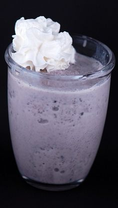Yes please? Cookies and Cream shake with marshmallow vodka added :)