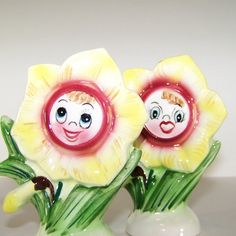 Vintage PY Anthropomorphic Daffodil Salt and Pepper Shakers  Cresting high above the watercolor horizon, the sun leans over kissing the cool morning dewdrops dry from the smiling faces of the daffodil children.