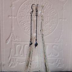 Aurora and black chain earrings