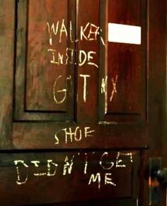 The Walking Dead - Walker Inside - Got my shoe - Didn't get me