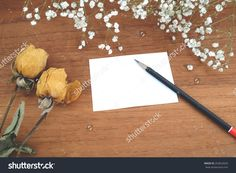 Note Paper And Dry Roses With Baby'S Breath (Gypsophilia Paniculata) And Wood Background Stock Photo 263652029 :…