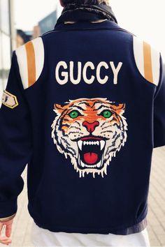47a2ab24 A(z) Gucci Tiger nevű tábla 54 legjobb képe | Gucci men, Clothing ...