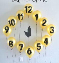 New Year's Eve balloon clock  - easy party decor // Újévi visszaszámláló lufi óra - szilveszteri buli dekoráció // Mindy - craft tutorial collection // #crafts #DIY #craftTutorial #tutorial #NewYearsCraft #NewYearsEve