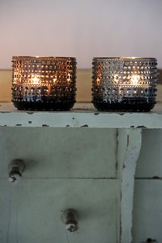 candle light Iittala kastehelmi tea lights in Grey & Sand, sultry & sexy shades for an ambient atmosphere.