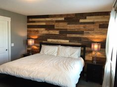 Wood Pallet Wall SarBer Contracting www.sarbercontracting.com