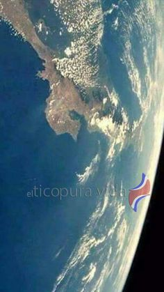 Costa Rica from space. Latin America, Countries Of The World, Central America, Nature Photos, Cuba, The Good Place, Beautiful Places, Places To Visit, Mexico