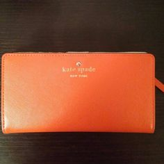 Kate Spade wallet Kate Spade Stacy Continental wallet. Barely used in like new condition. Tons of card slots and a great spot for an ID. Perfect color just in time for spring! kate spade Bags Wallets