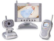 """This dual video monitor set from Summer Infant is different from all others on the market with its unique look, tilt feature and swivel design. The Summer Infant Complete Coverage Video Monitor Set includes a 7"""" LCD color flat screen and 1.8"""" color handheld units, plus LED sound lights allow for keeping close tabs on baby's every move."""