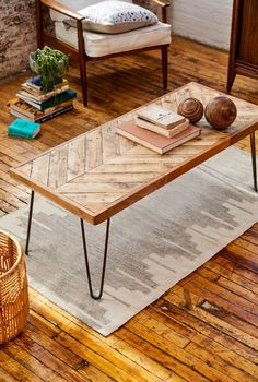 living room Chevron Coffee Table Kalasaba Reclaimed Wood In Natural Finish With Hairpin Legs Landsca Reclaimed Wood Coffee Table, Reclaimed Wood Furniture, Pallet Furniture, Pallet Wood, Pallet Benches, Pallet Couch, Pallet Tables, Outdoor Pallet, Natural Wood Coffee Table