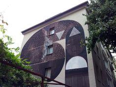 "#CityLeaks Festival 2013 in Köln, Brüsseler Straße 47 + 49A #Wandgemälde #Mural ""Queen of the night"", Künstlerin: Tika aus Zürich. Mehr Fotos: https://www.facebook.com/media/set/?set=a.377134742388992.1073741850.111577838944685&type=1"