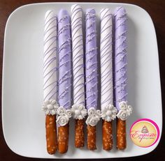 Tall pretzels rods dipped in white and lilac chocolate, decorated with chocolate stripes, silver sugar crystals and sugar flowers Chocolate Covered Pretzel Rods, Chocolate Dipped Pretzels, Chocolate Covered Treats, Chocolate Covered Strawberries, Chocolate Truffles, Chocolate Brownies, Pretzel Treats, Pretzel Dip, Pretzel Sticks