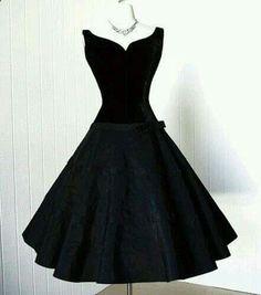 Vintage style cocktail dress!