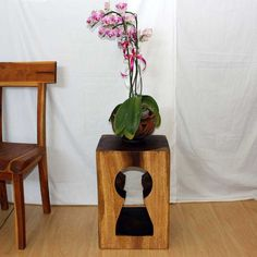 Keyhole Style End Table