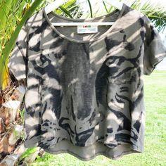 The Sun is calling us!  #sun #free #sunny #sunnyday #organic #cotton #organiccotton #tiger #tee #tshirt #basic #basictee #simple #nature #natural #lifestyle #life #fashion #woman #print #printing #printed