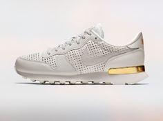 Nike Beautiful X Powerful Internationalist