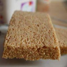 Chlebík 250 gramov odtučneného tvarohu 0,1 % 1 štipku soľ 1 polievková lyžica ovsených otrúb 4 polievkové lyžice pšeničných otrúb 3 vajcia 0.5 balíčka kypriaceho prášku do pečiva