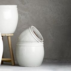 Beautiful hand glazed White Ceramic Planters in two generous sizes by Tine K Home at Design Vintage Large Hanging Planters, Metal Planters, White Ceramic Planter, Ceramic Pots, Wood Candle Holders, White Clay, White Vases, Glazed Ceramic, Garden Furniture