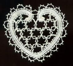 bobbin lace making patterns for beginners Lace Knitting, Knitting Stitches, Knitting Patterns Free, Free Pattern, Bobbin Lace Patterns, Tatting Patterns, Crochet Bunny Pattern, Bruges Lace, Types Of Lace